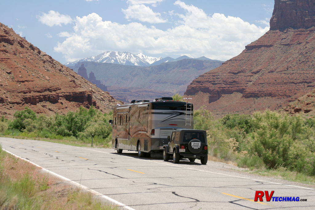 <span class='cycletitle'>Favorite Drives - Moab's River Road</span><br>       <a href='columns/67_riverroad.php' class='cyclelink'>Read more...</a>
